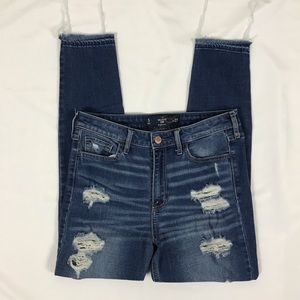 Hollister Crop High Rise Distressed Jeans Size 5